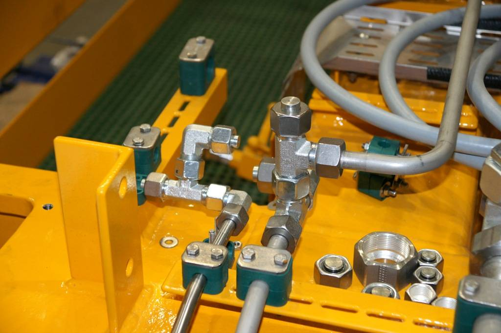 Hydraulic Oil Purification and Filtration Service