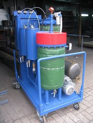 An assortment of oil filtering systems from GlobeCore